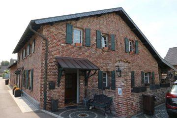 Kernsaniertes Bauernhaus mit Charme in traumhafter Lage von MG-Venn, 41068 Mönchengladbach, Einfamilienhaus
