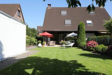 Hochwertige Doppelhaushälfte in perfekter Lage von Korschenbroich-Herrenshoff, 41352 Korschenbroich, Doppelhaushälfte