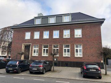 """Moderne Praxis- oder Büroräume im Hause des sanierten Objekts """"Alte Sparkasse"""" in Korschenbroich, 41352 Korschenbroich, Bürofläche"""