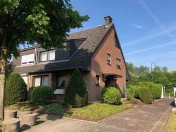 Gepflegte Doppelhaushälfte in toller Lage von Korschenbroich-Herrenshoff, 41352 Korschenbroich, Doppelhaushälfte