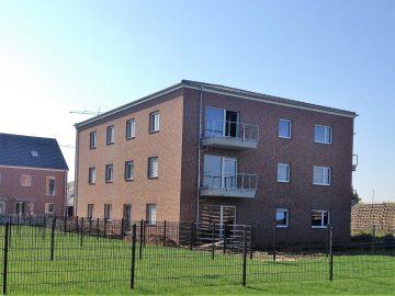 Großzügige 3-Zimmerwohnung in zentrumsnaher Lage von Kleinenbroich, 41352 Korschenbroich, Etagenwohnung