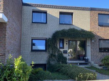 Großzügiges Ein- bis Zweifamilienhaus in absolut ruhiger Lage von Bettrath, 41066 Mönchengladbach, Zweifamilienhaus