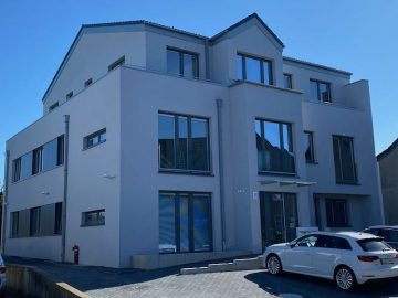 Maisonettewohnung als Haus in Haus – perfekt für die Familie, mit eigenem Garten und viel Platz!, 41352 Korschenbroich, Maisonettewohnung