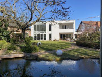 Platz für die ganze Familie – freistehendes Architektenhaus in bester Lage von Korschenbroich, 41352 Korschenbroich, Einfamilienhaus